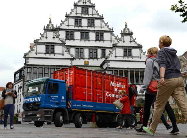 Mobiler Kunst-Container Rathaus